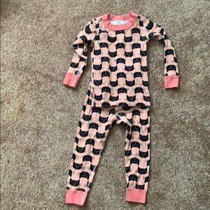 Hanna Anderson kitty pjs size 90